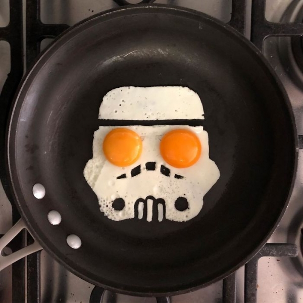 Eggs-Hibit-05.jpg